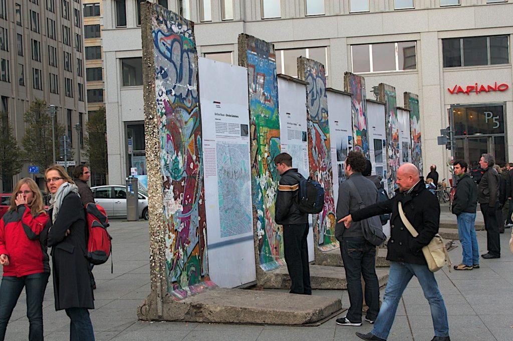 Berlinmurens historie: Murens fald